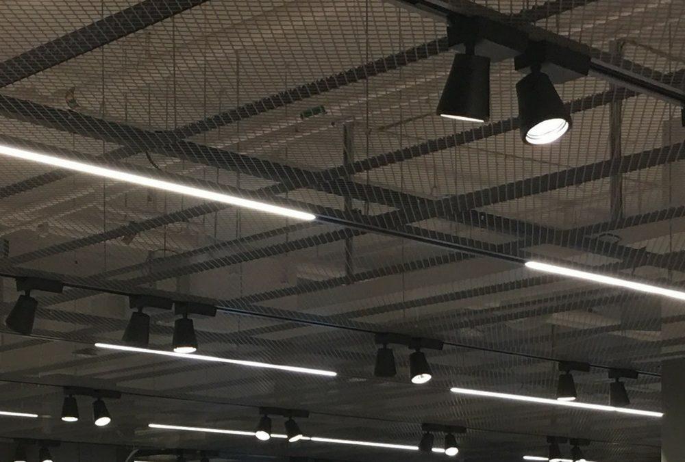 Slimmed-down LED lighting